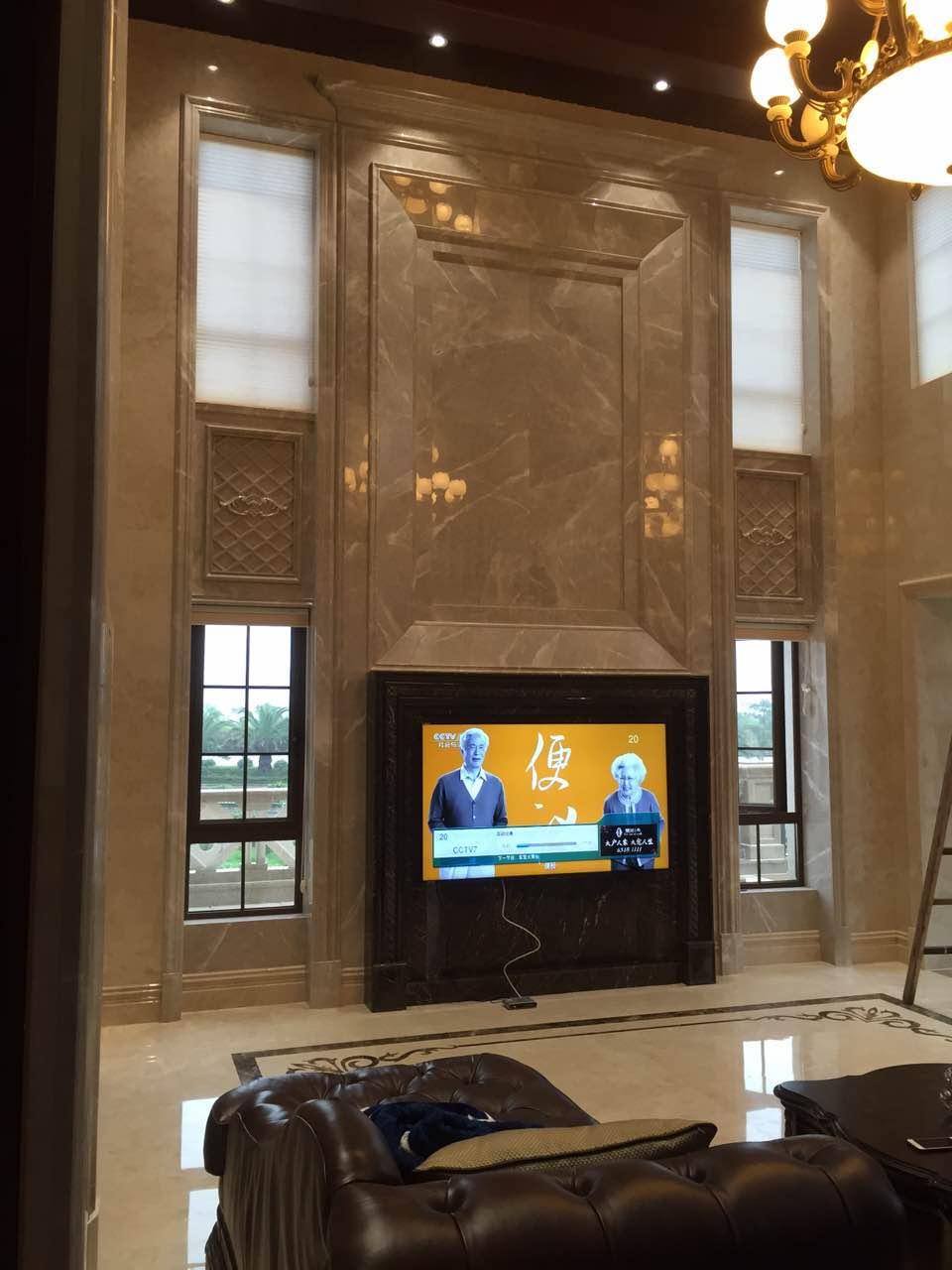 浅灰客厅电视背景墙
